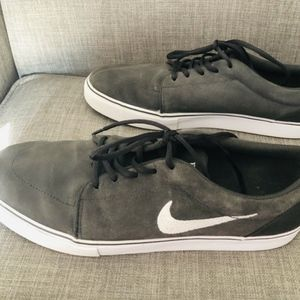 Nike Gray Sneakers - Size 13